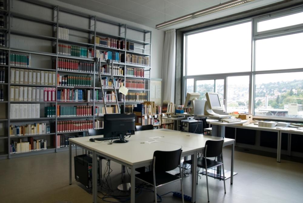 Uni Bibliothek Stuttgart öffnungszeiten